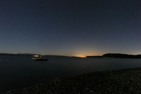 1 am stars on lake